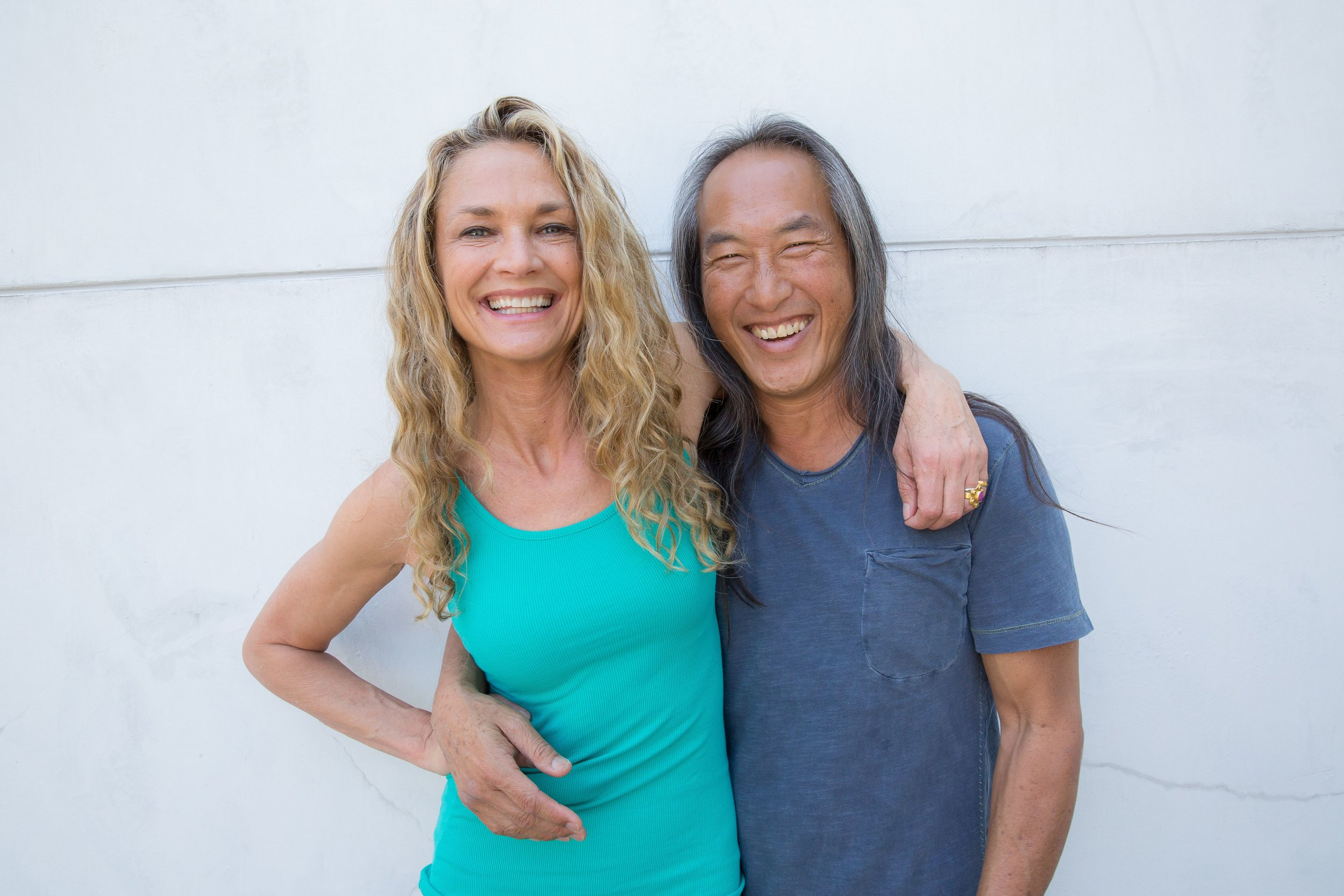 YOGA SOLUTIONS: VITAL SEQUENCES FOR EVERY DAY -
