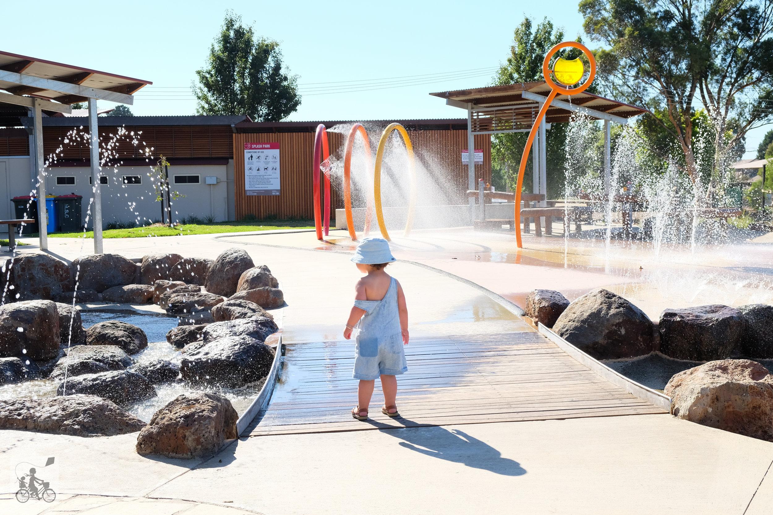hadfield water park, wallan - mamma knows north