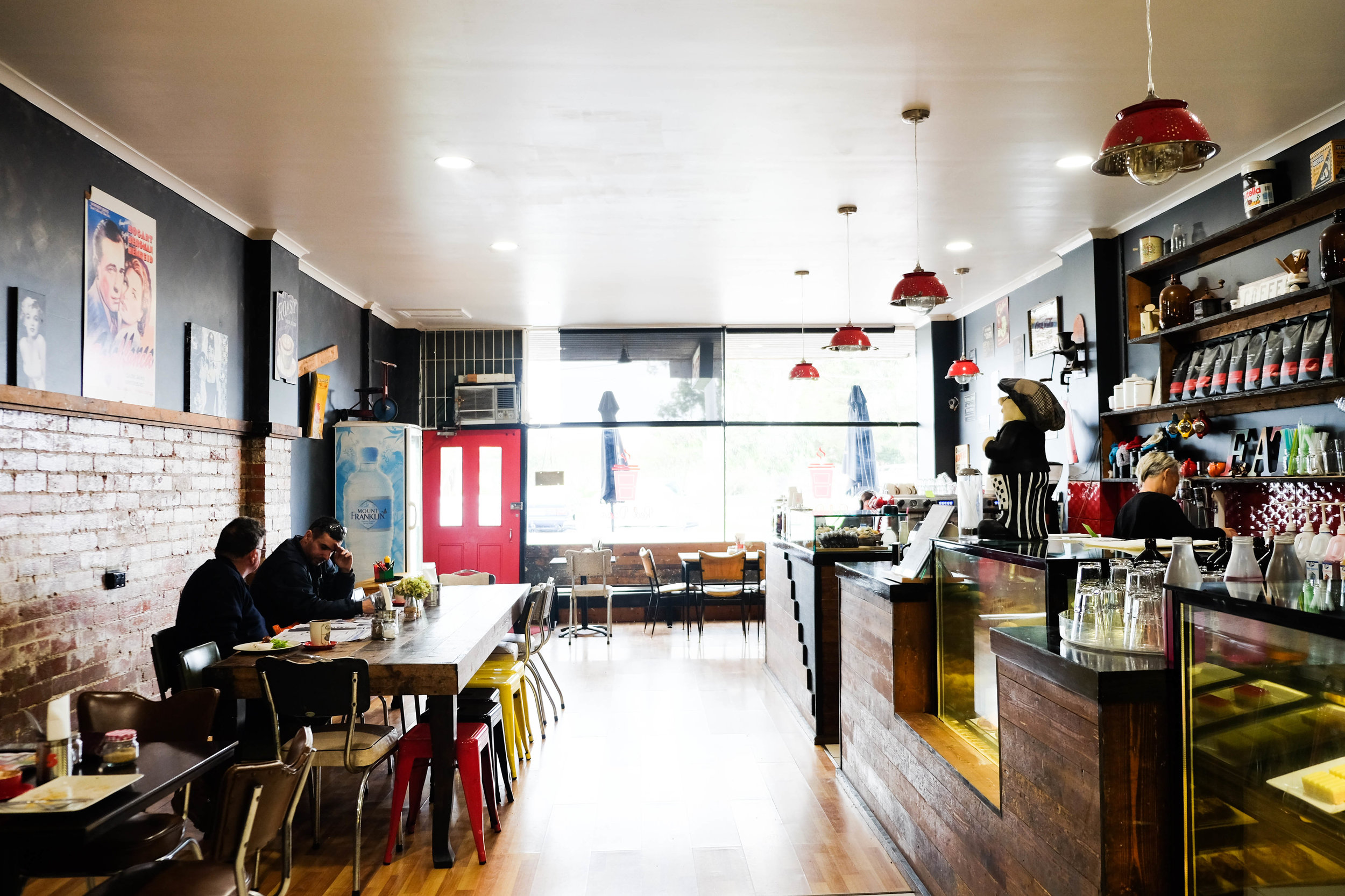 red door cafe, kingsbury - mamma knows north