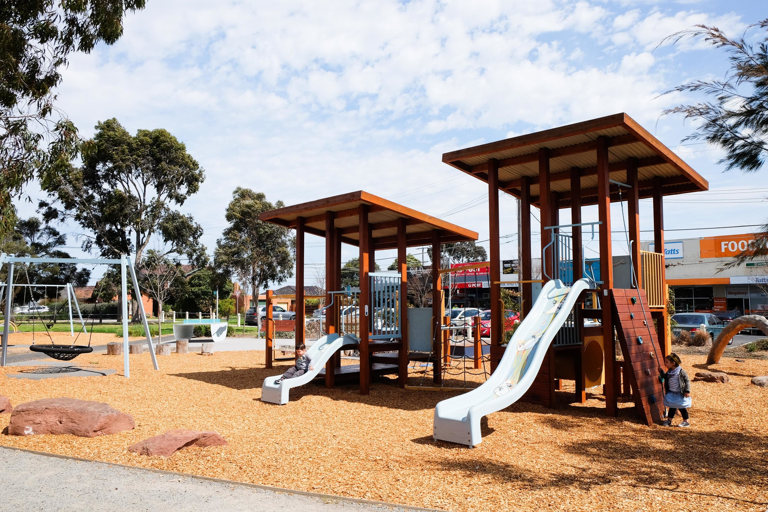 link reserve, kingsbury - mamma knows north