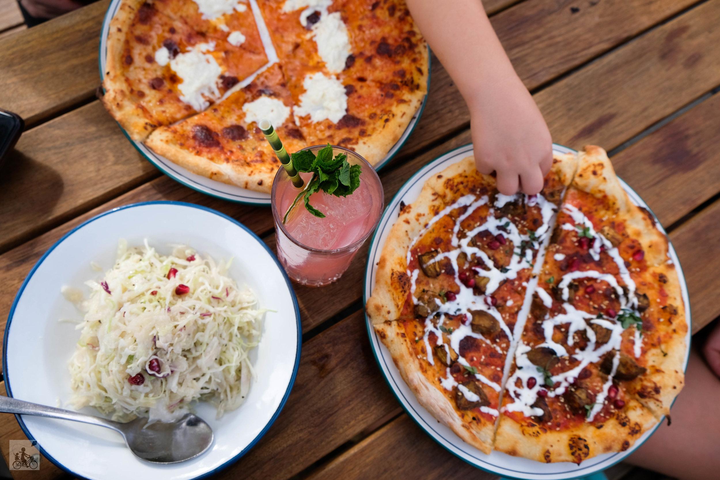 takeaway pizza, preston - mamma knows north