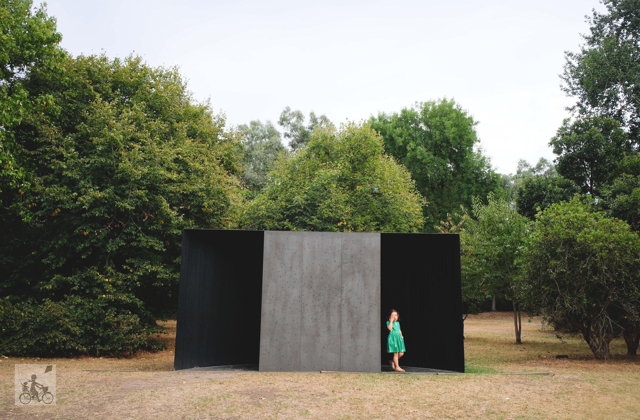 heide sculpture gardens, bulleen - mamma knows north