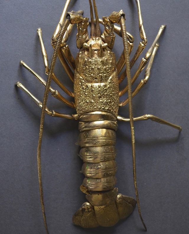 We will be closed tomorrow, but open Friday 12-5 & Saturday 10-5. I'm headed to the vacation state for a few days of salt, sea and lobster. 🦞Early-20th century articulated lobster, Spain.