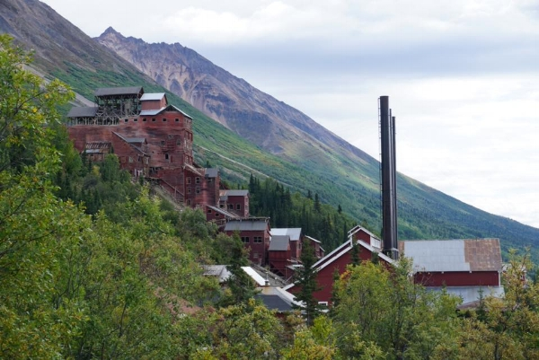 The Kennecott Copper Corporation Mill, surely haunted. (Photo by Brooke Taylor.)