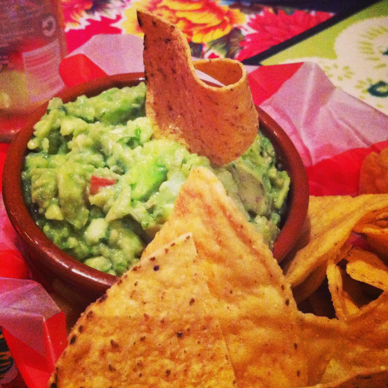Tortilla chips & guacamole