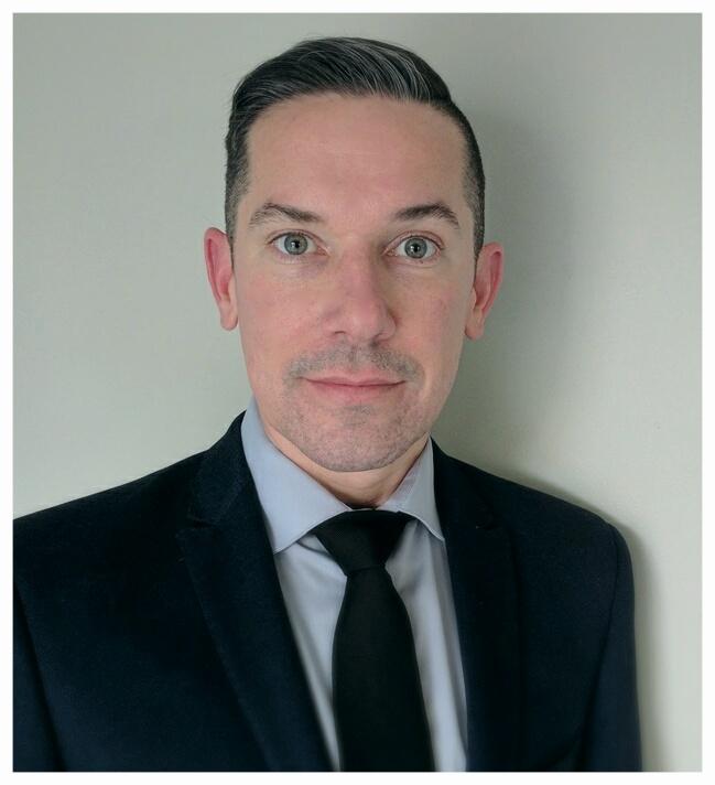 Dwayne Moore - Dental Consultant