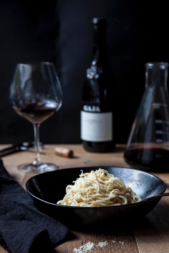 Caccio e pepe   Recipe    La Ficelle de Saint-Pourçain Gamay Pinot Noir 2017 - Loire Valley, France    Calyx Pinot By the Pines 2018 - Sunbury, Victoria