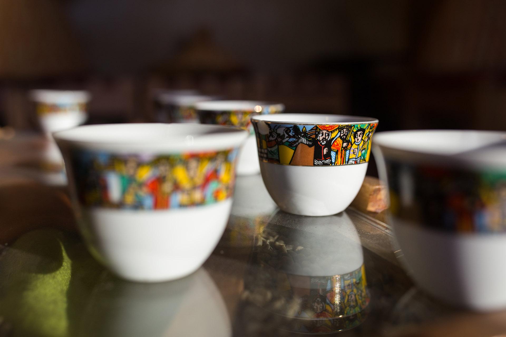 cups ROMANAT.jpg