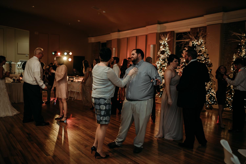 Wedding Photographer in Kentucky