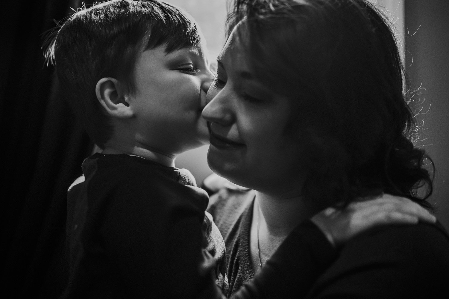 family-photographer-kentucky-mother-and-son