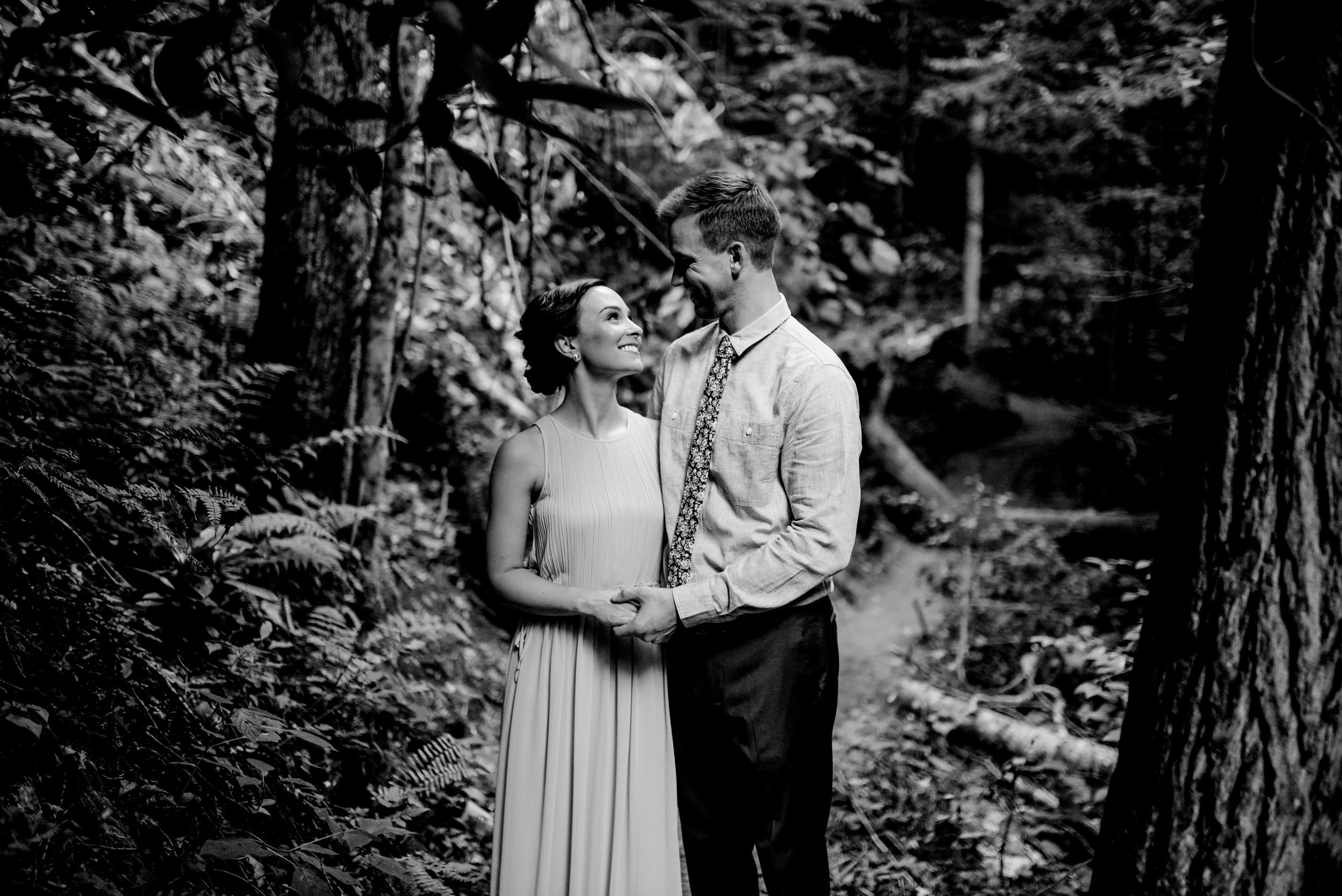intimate-wedding-red-river-gorge-photographer
