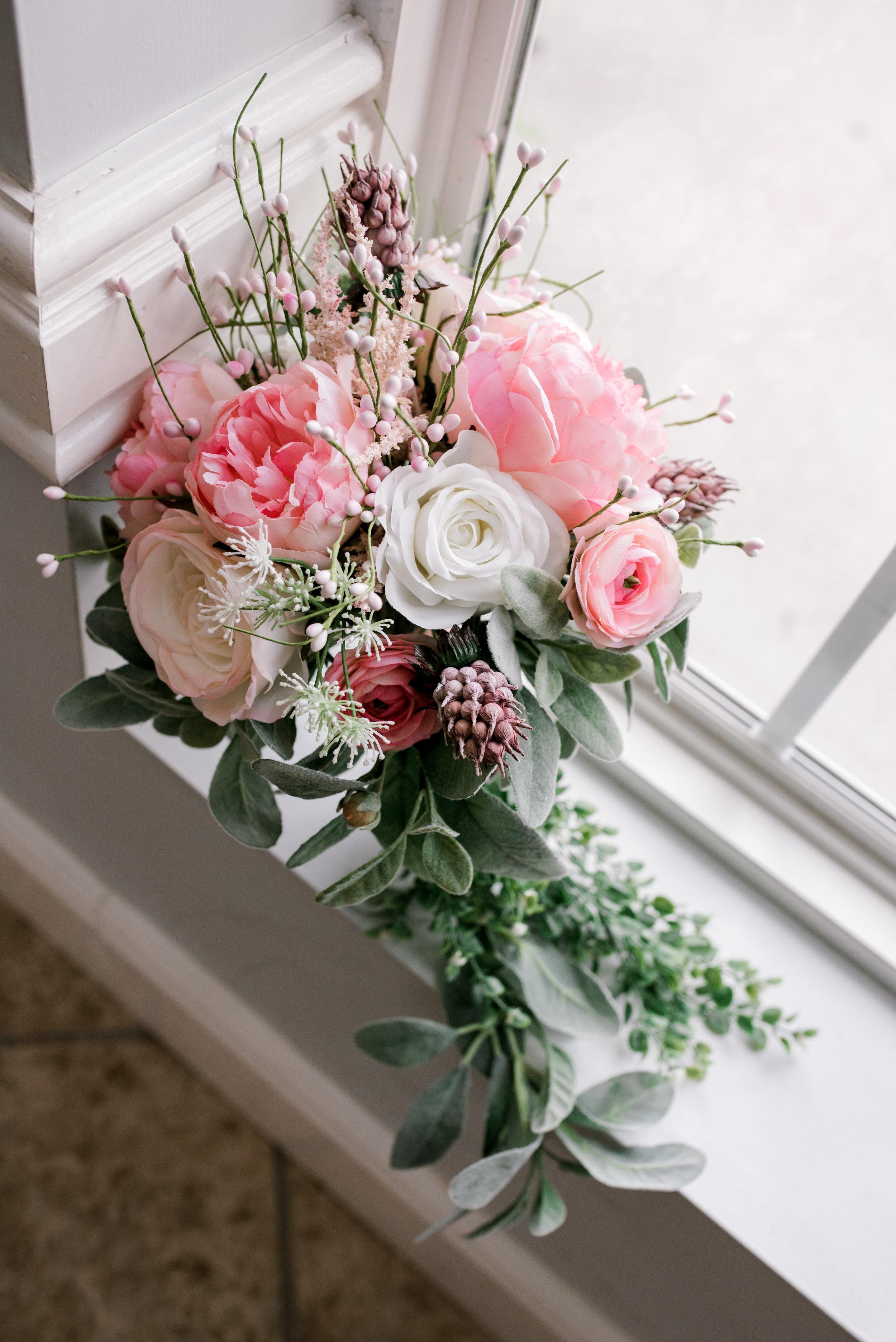 lexington-kentucky-wedding-photographer-bouquet
