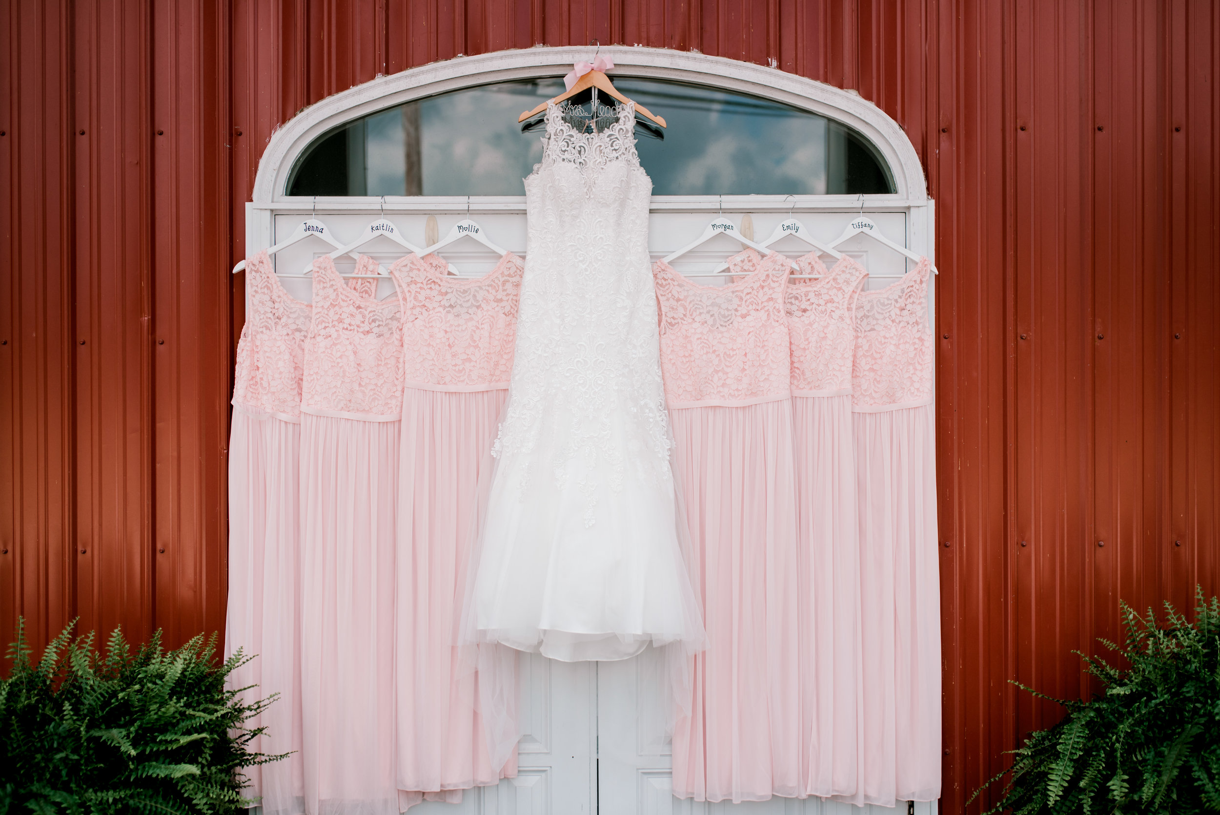 lexington-kentucky-wedding-photographer-dress