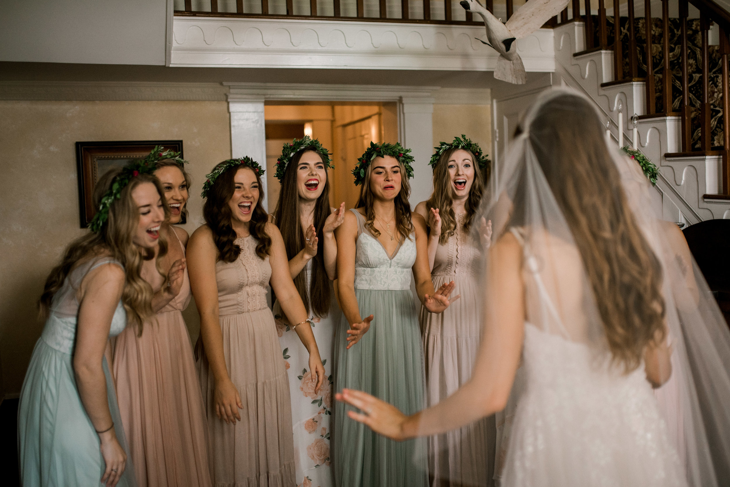 bridesmaids-first-look-lexington-ky-wedding-photographer