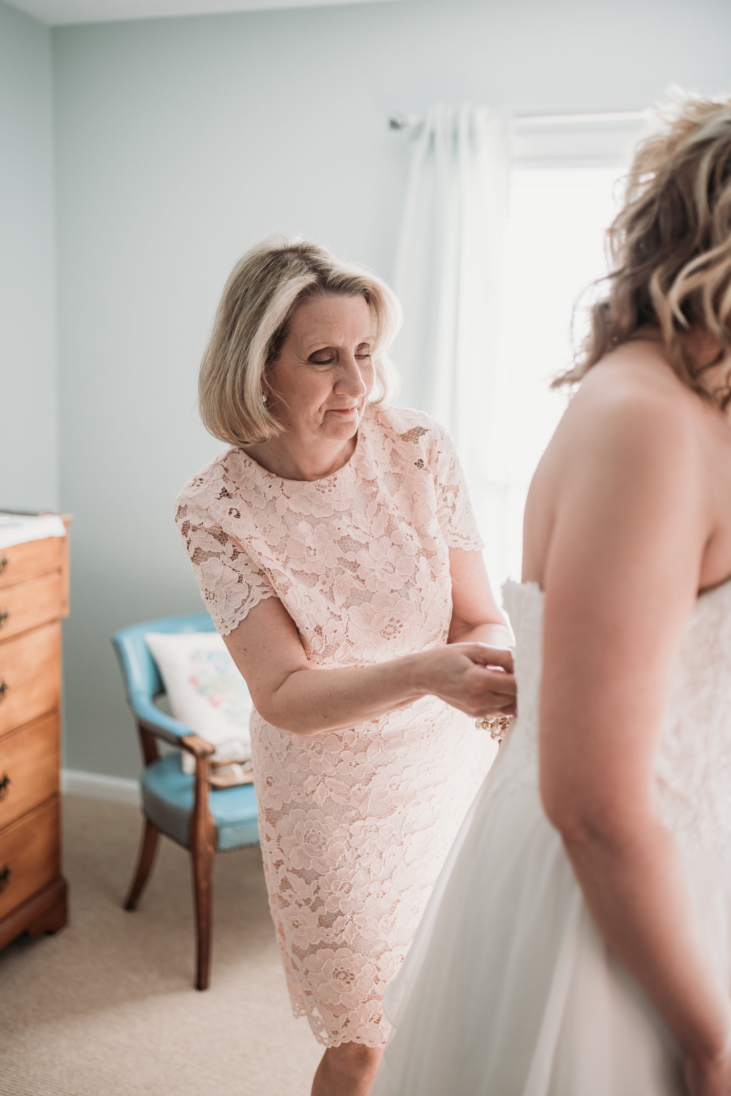 lexington-kentucky-wedding-photographer-mother-of-the-bride
