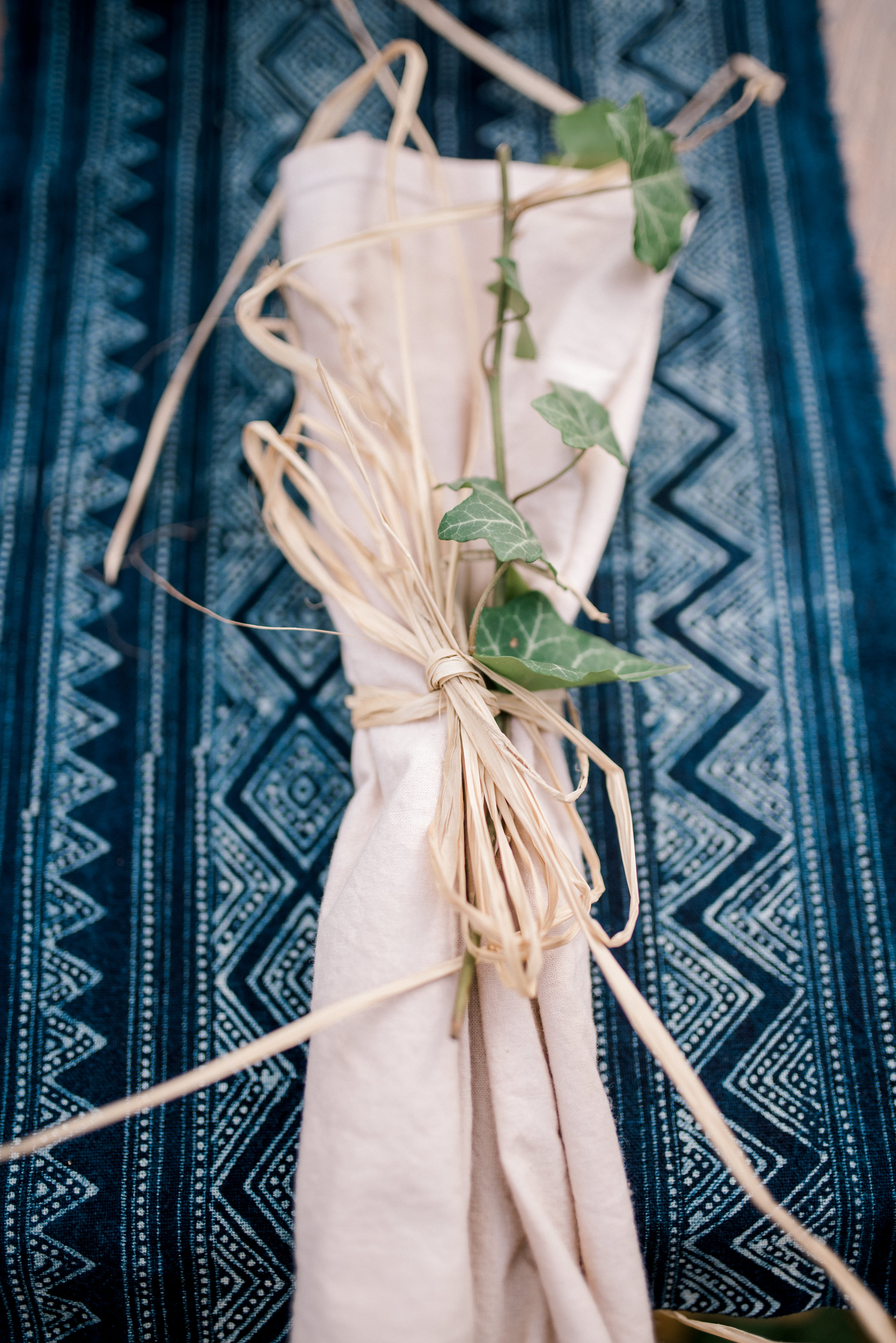 lexington-wedding-photographer-table-setting