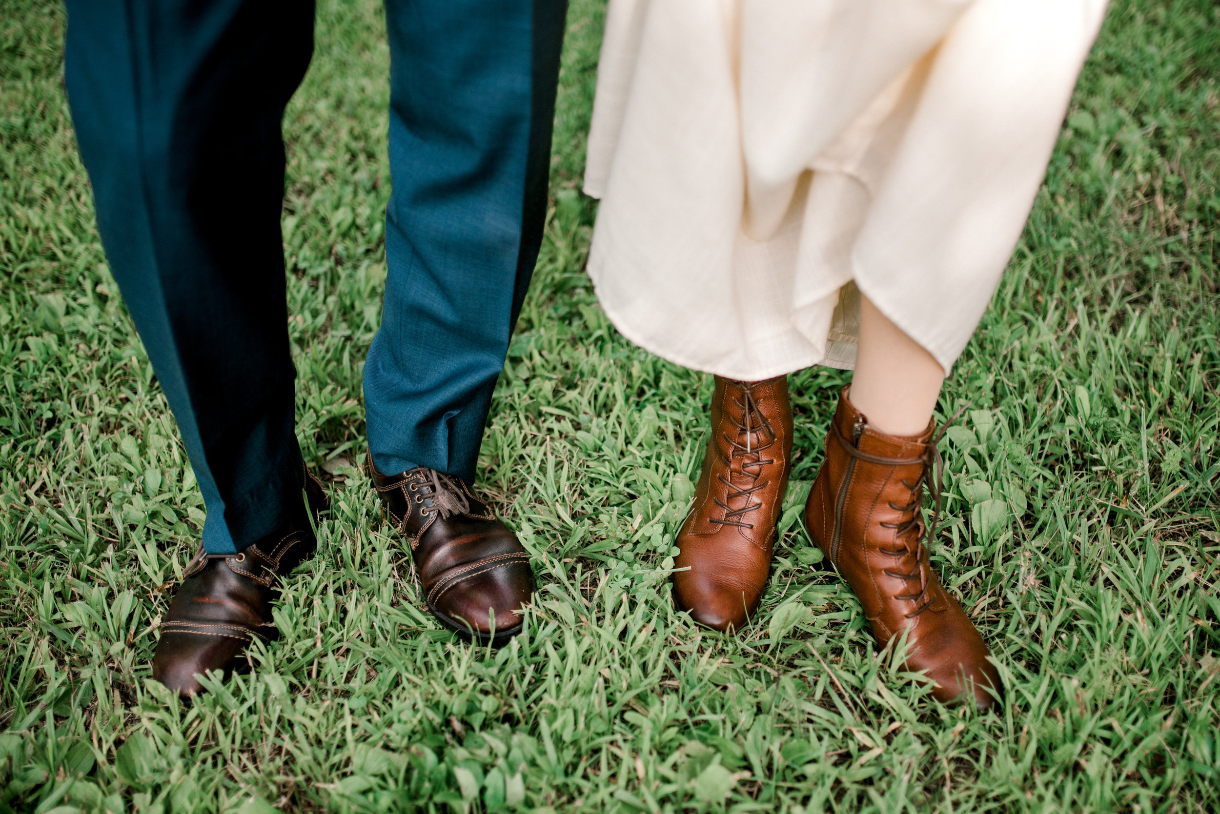 lexington-wedding-photographer-cool-shoes
