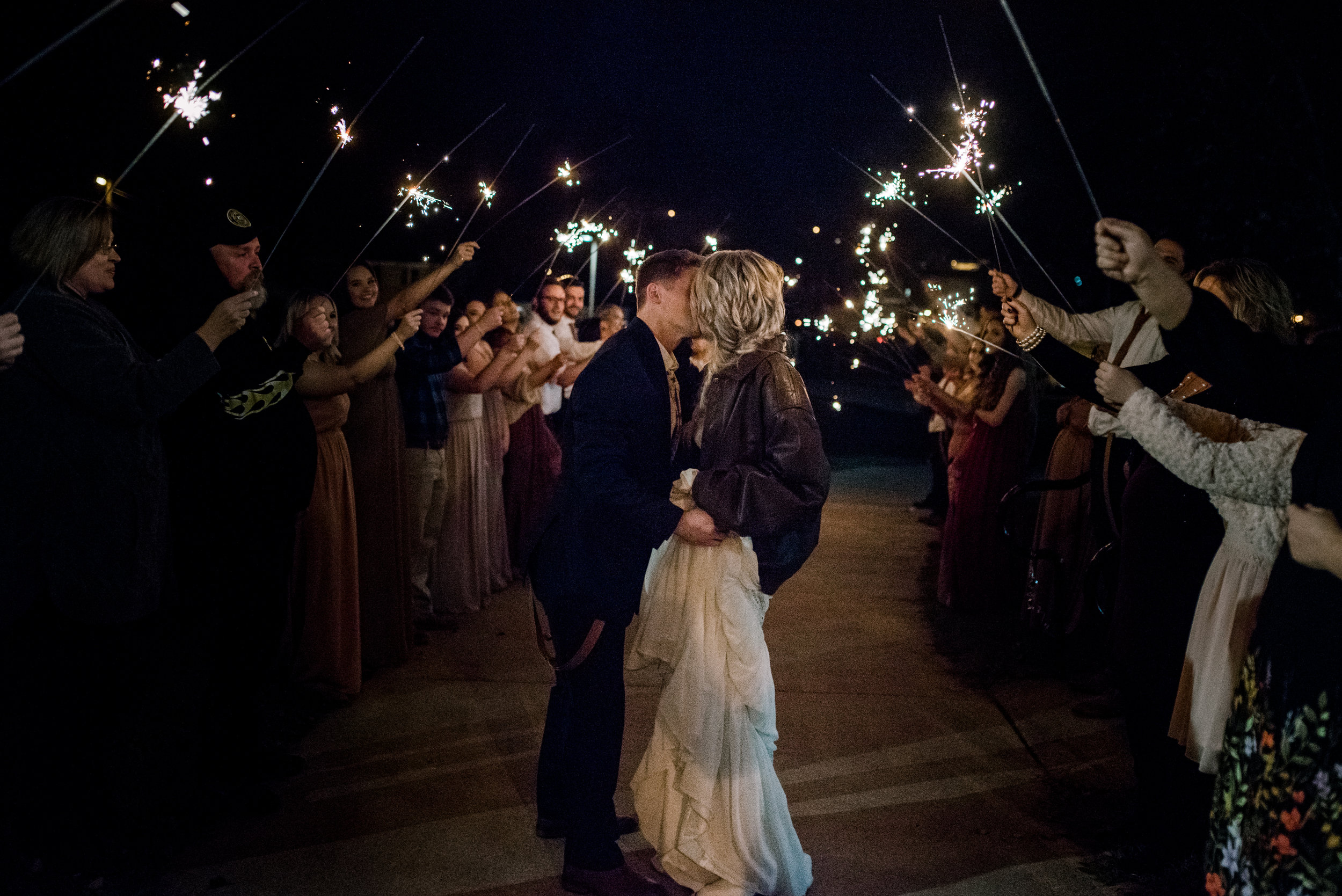 lexington-wedding-photograper-sparkler-exit