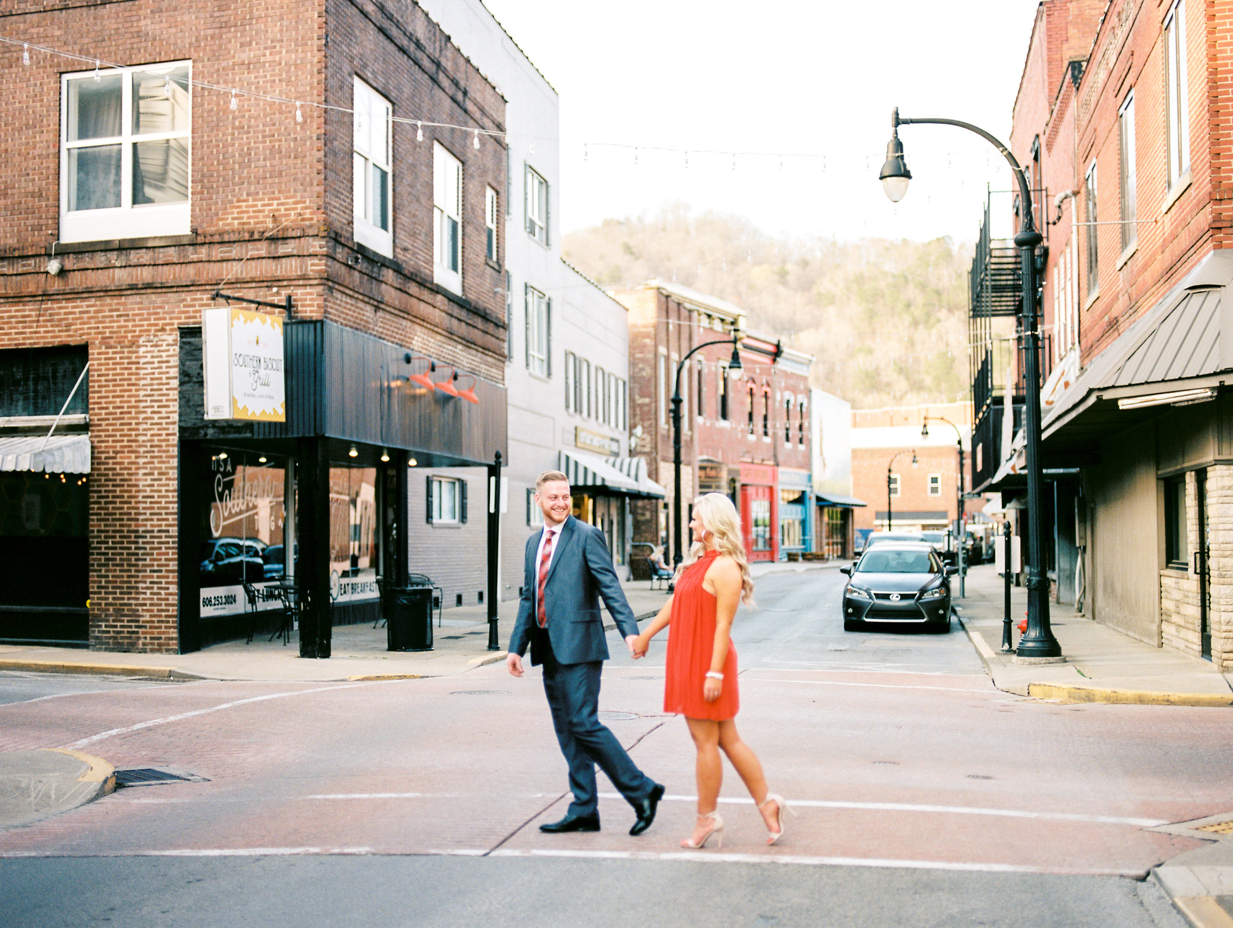 best-lexington-wedding-photographer-colorful