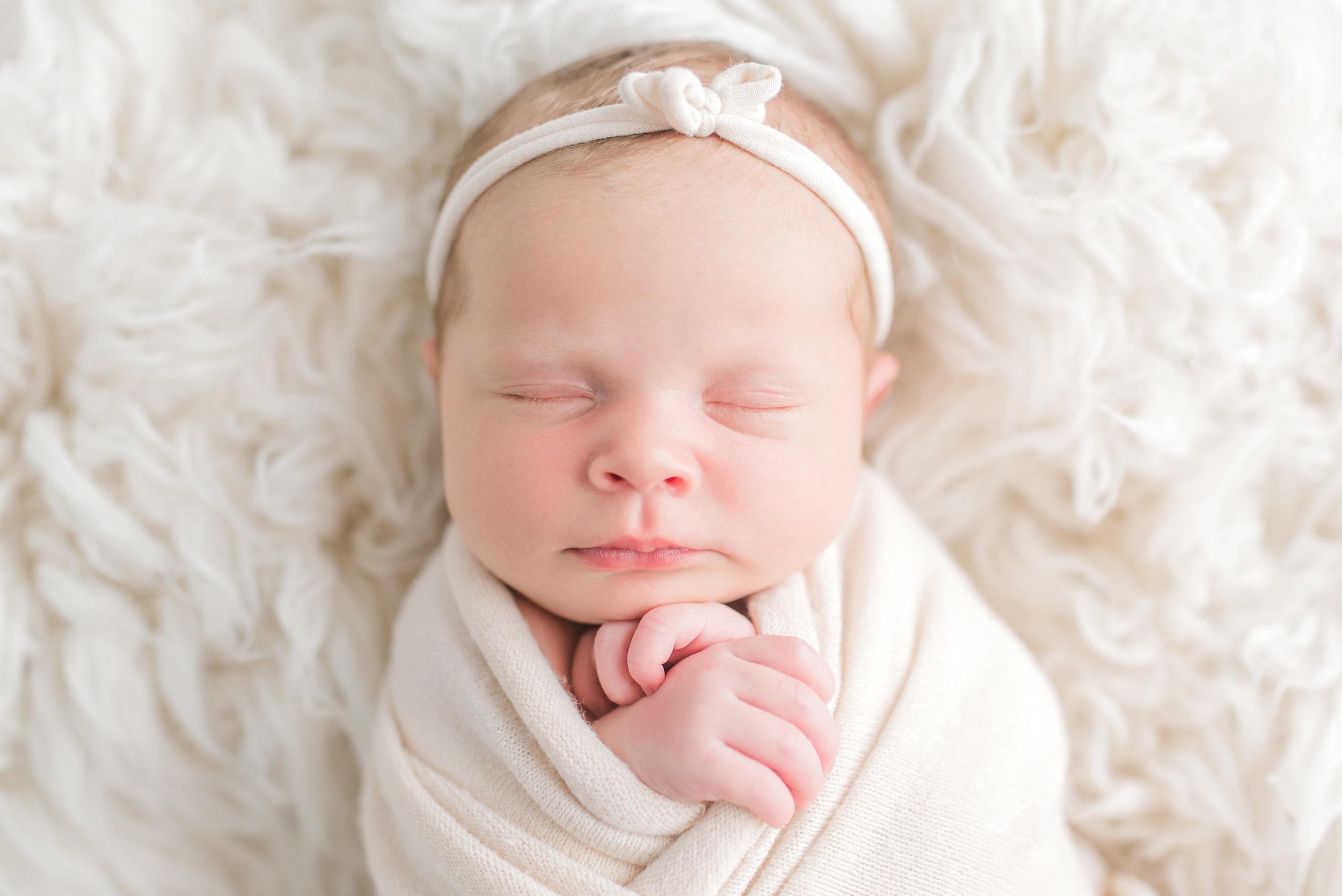 eastern-kentucky-newborn-photographer-studio