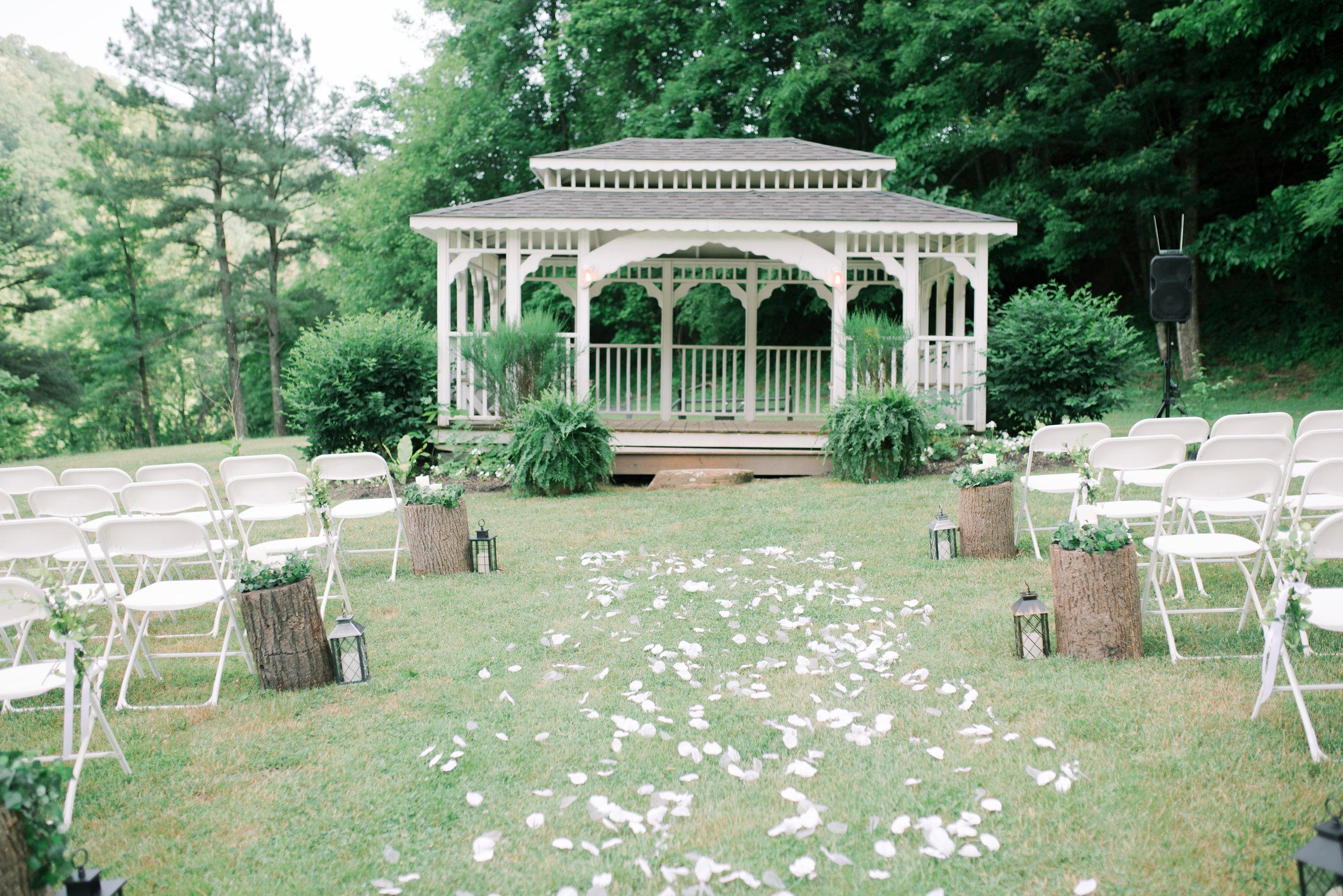 lexington-wedding-photographer-four-star-village