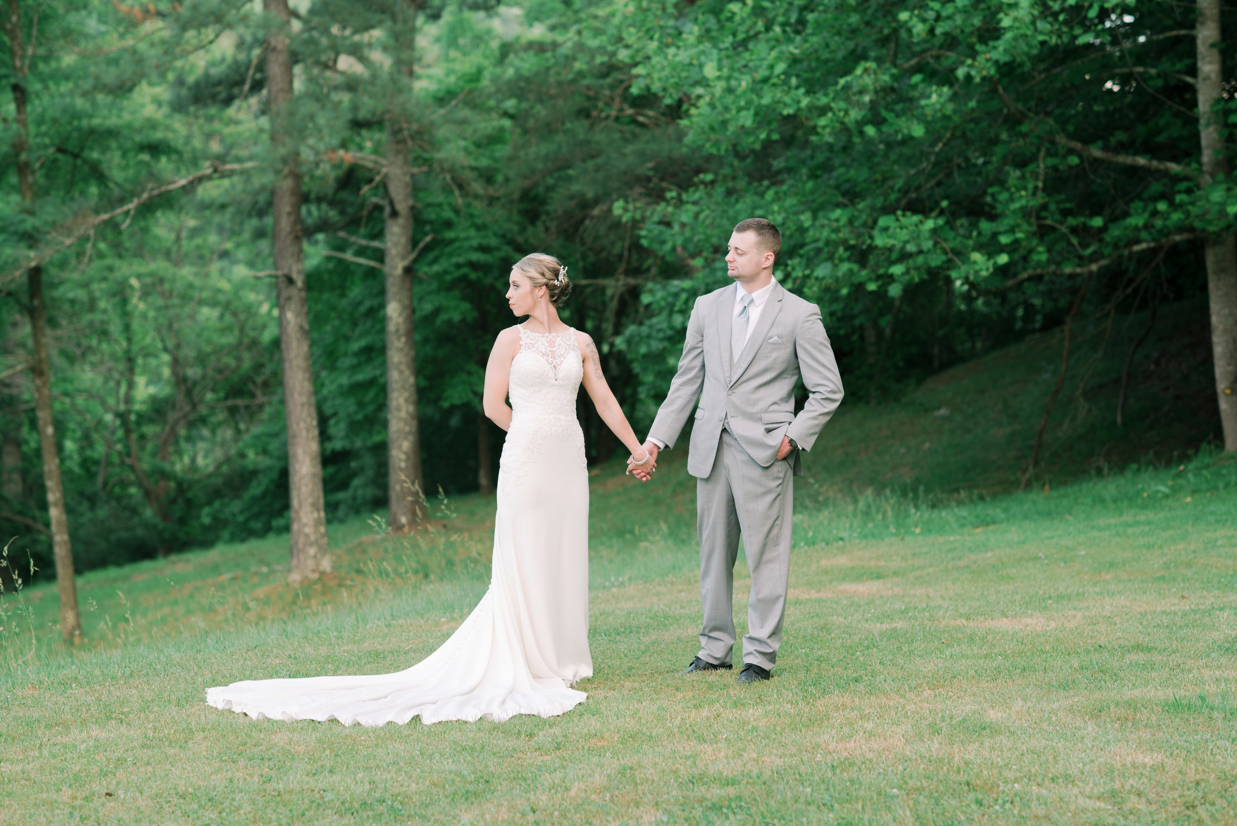 lexington-wedding-photographer-light-and-airy