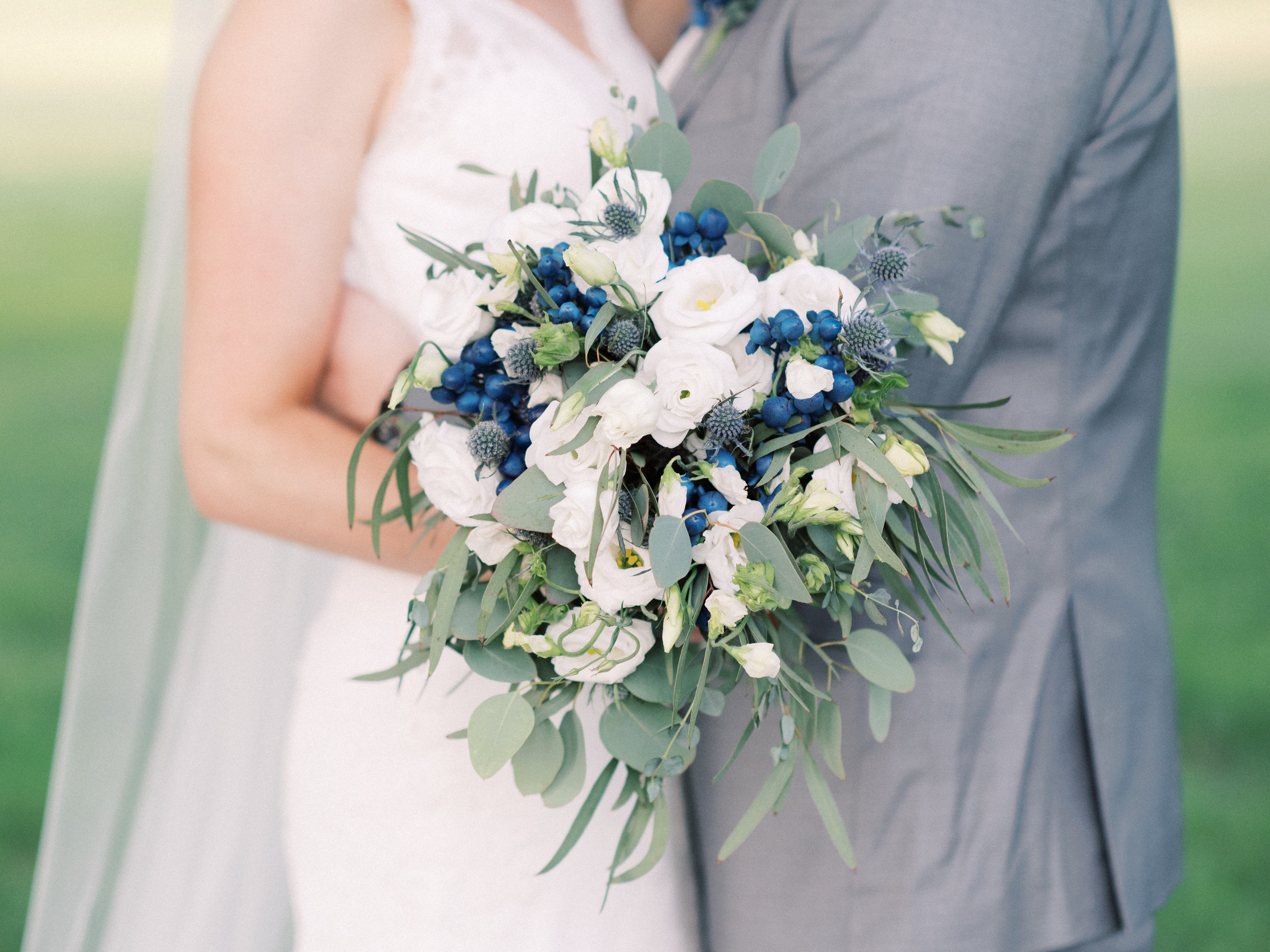 lexington-wedding-photographer-bouquet