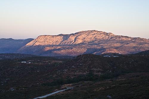 The dawn sunshine on El Cajon Mountain