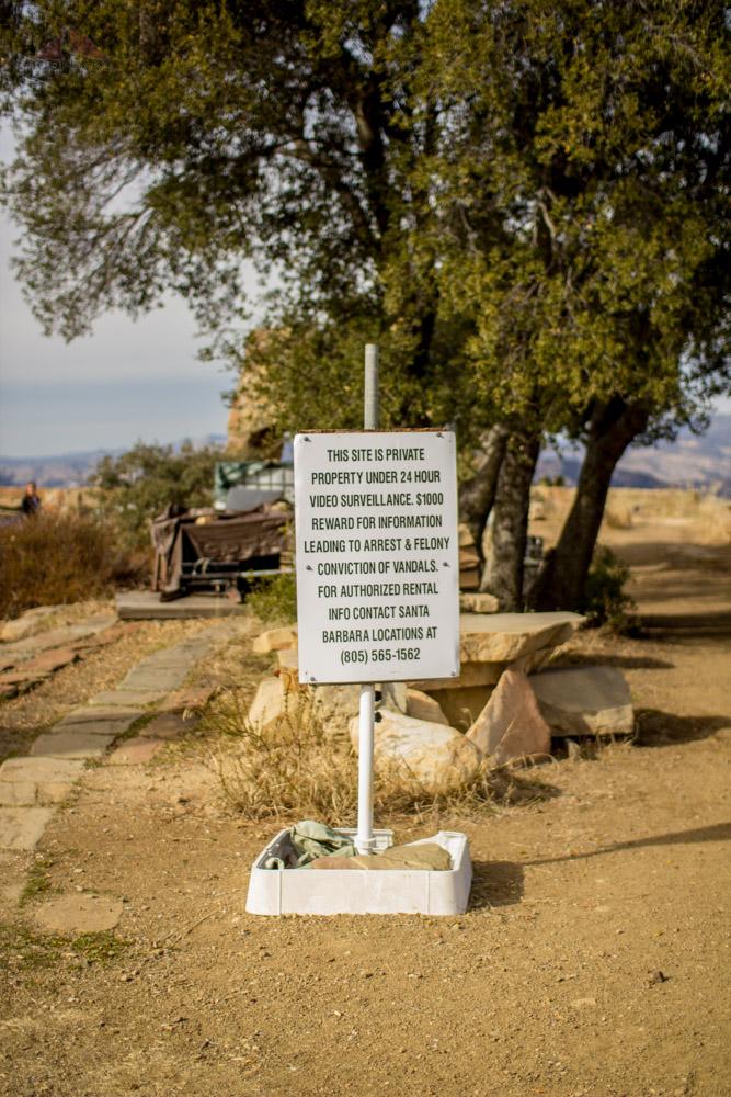 Warning sign at Knapp's Castle