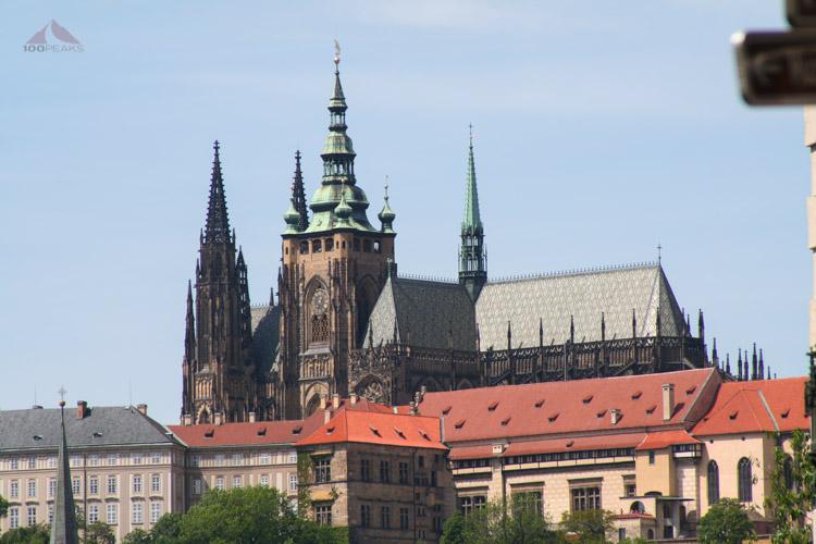 Prague Castle from the Charles Bridge.jpg