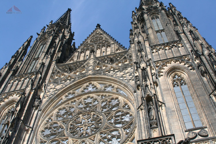 The front of St. Vitus's Cathedral.jpg