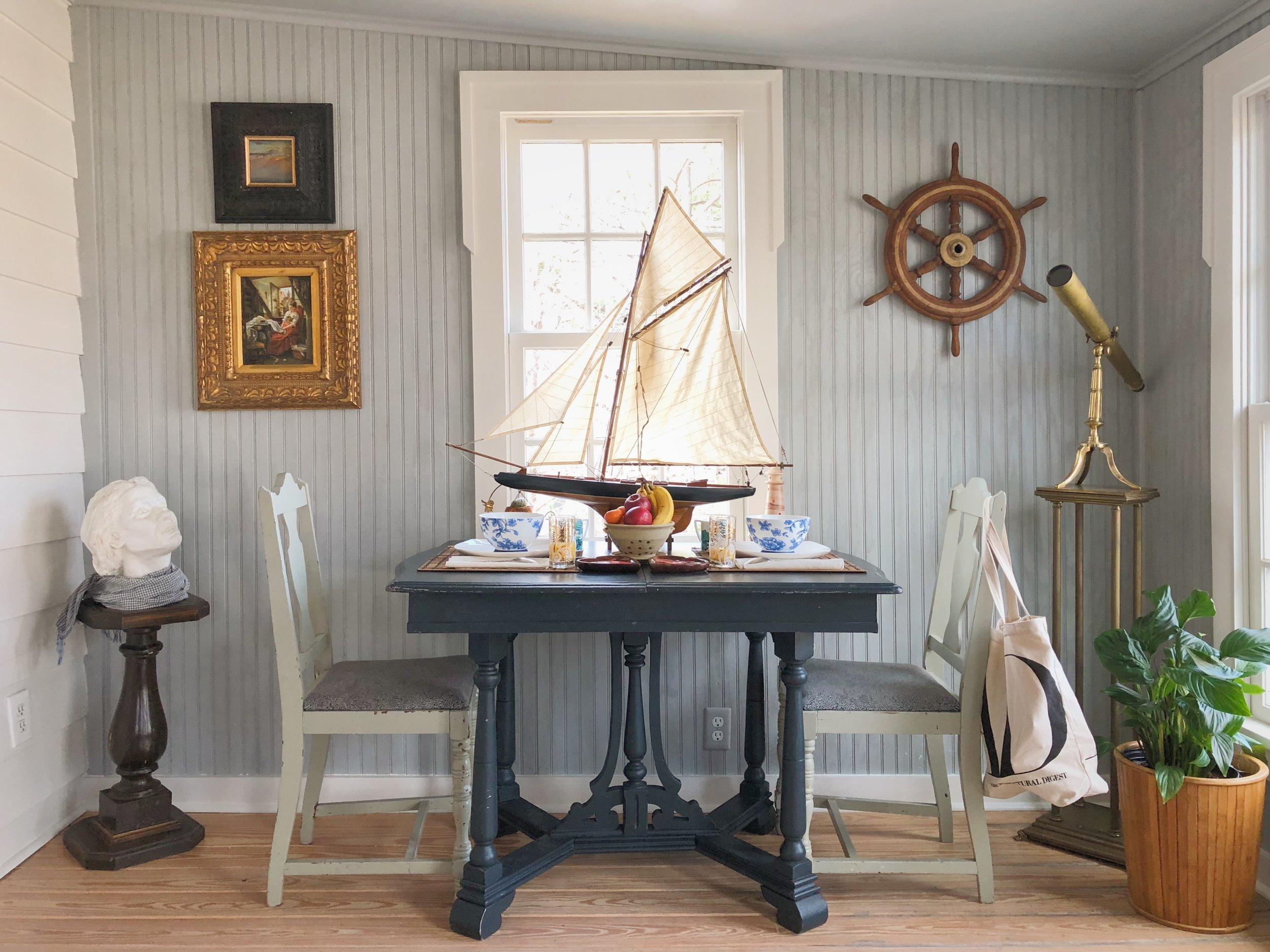 breakfast-bedroom-nautical.JPG