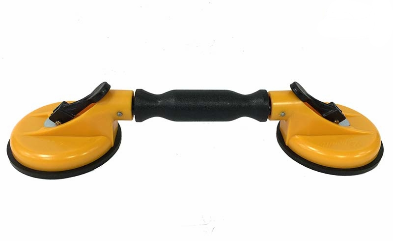GS122-C Leponitt Curve Suction Lifter   Lifting Capac.: 50KGS; Cup Dia.: 118mmφ Lightweight plastic body/ Rubber cup/ Suitable for curved glass/ Ideal for fitting windscreens.