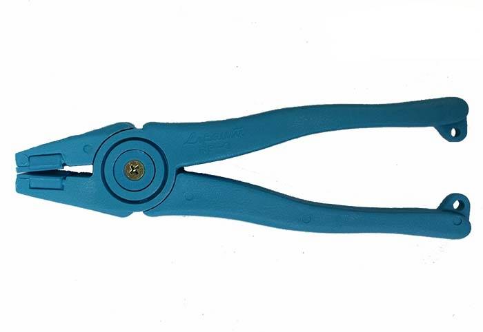 """PRP-3 Leponitt 8"""" Blue Runner   Plastic running plier with lightweight. Has extra jaw inserts to be replaced (item no. PRP-3P)."""