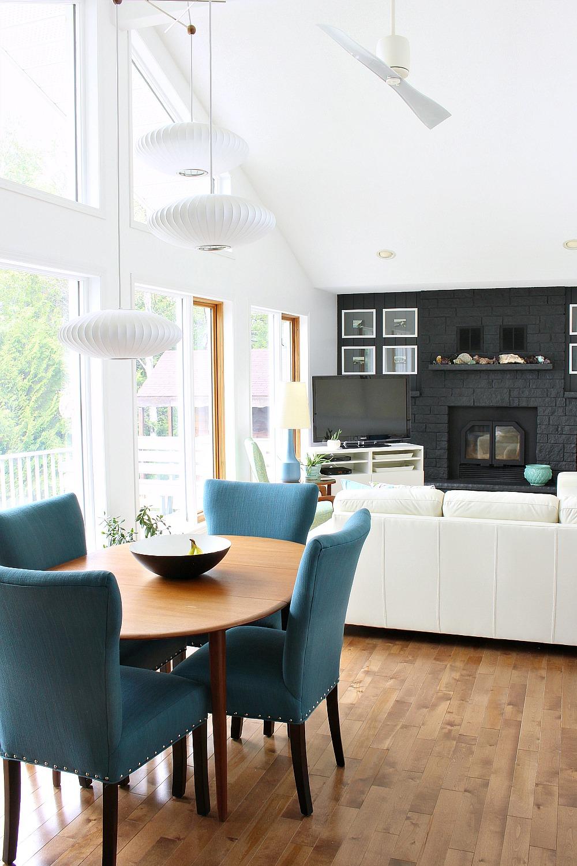 lake house living room.jpg