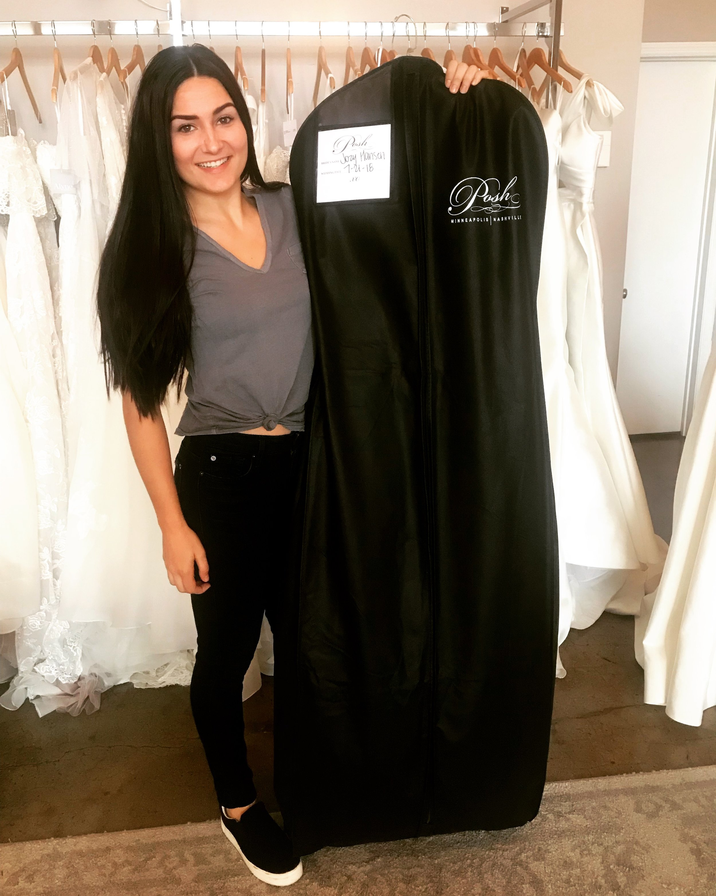 My dress has arrived! I get to take her home!!