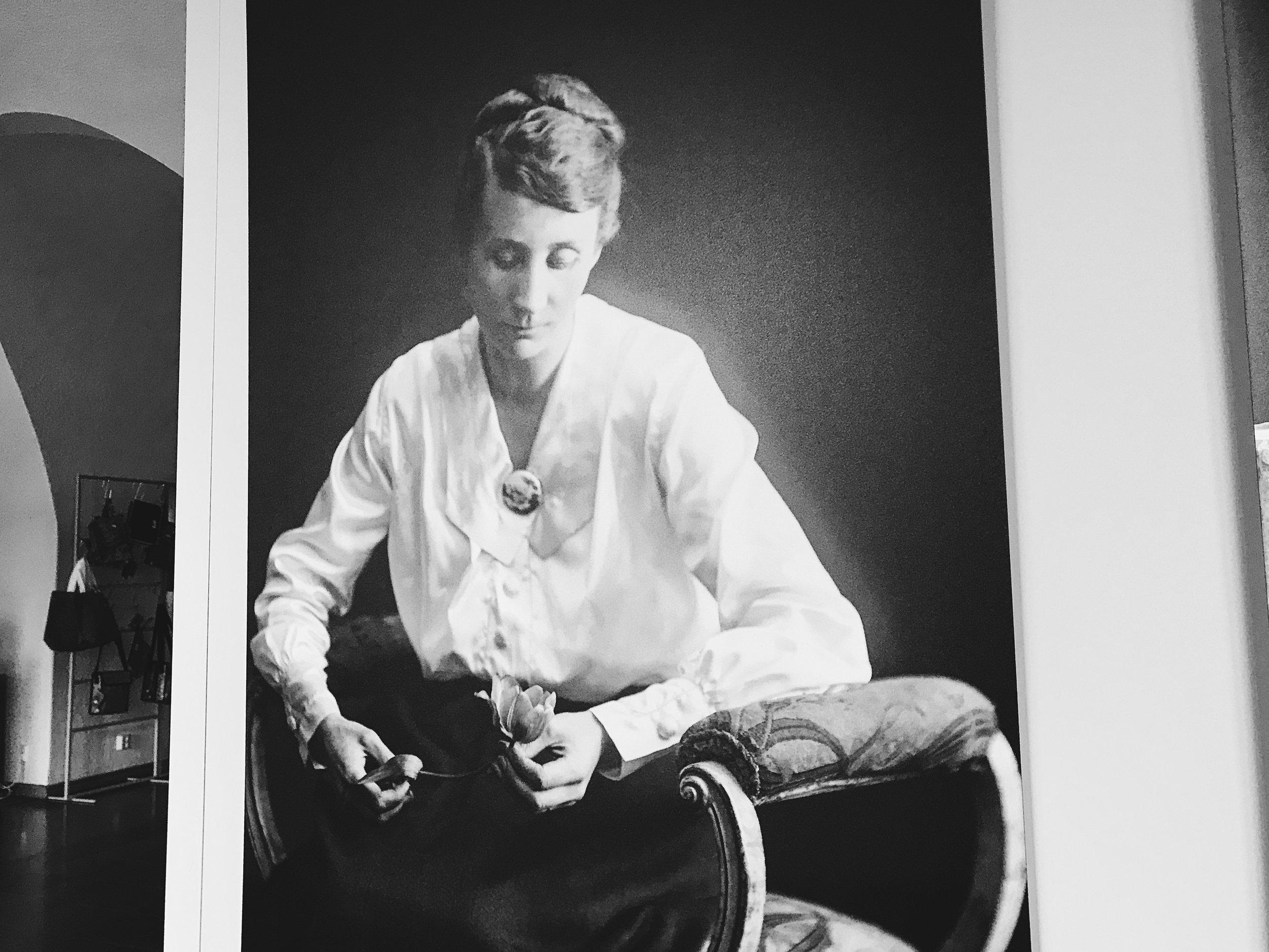 Samana aamuna kun rouva Grönberg saapui valokuvattavaksi keväällä 1918, tavoitti tieto valkoisten suurhyökkäyksestä Tampereen.
