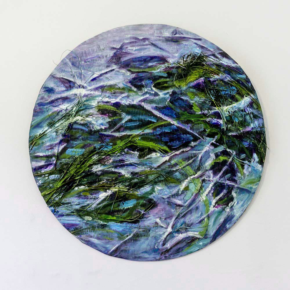 Frozen Reeds I,  oil and organic material on board, Ø70 cm, 2018. Kuva: Kari Pullinen