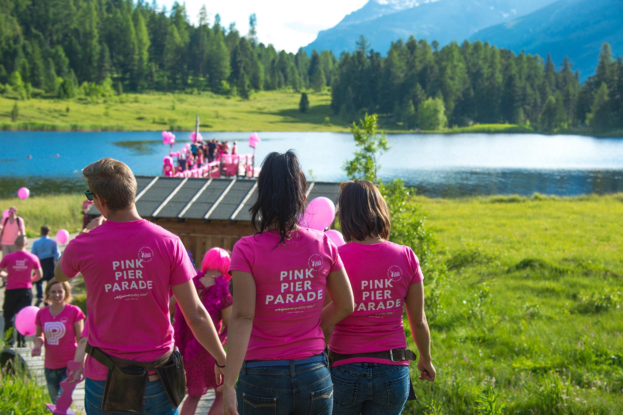 pink-pier-parade-2016-weg-zum-catwalk-steg.jpg