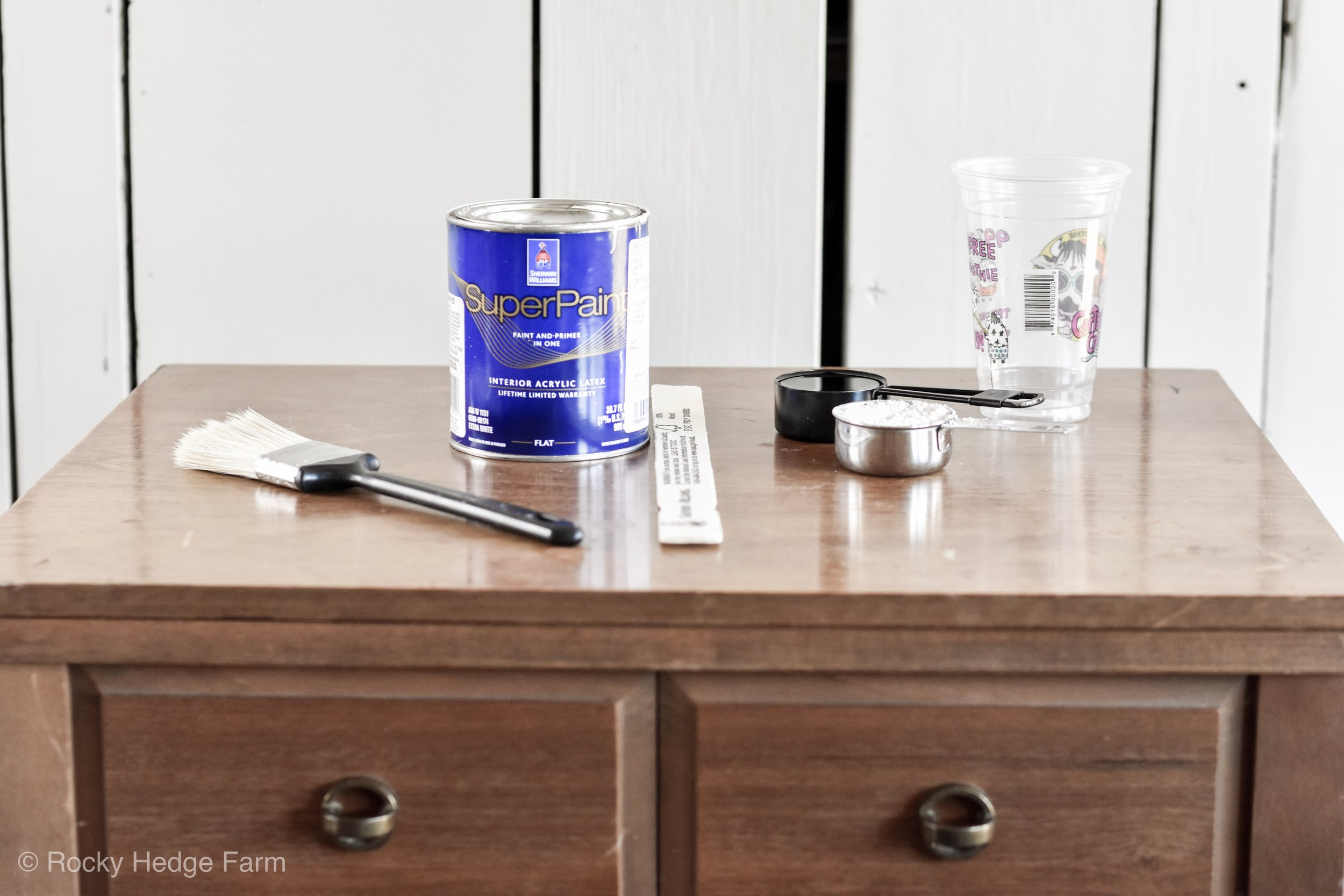 How to Make a DIY Plaster of Paris Furniture Chalk Paint Recipe  | Rocky Hedge Farm