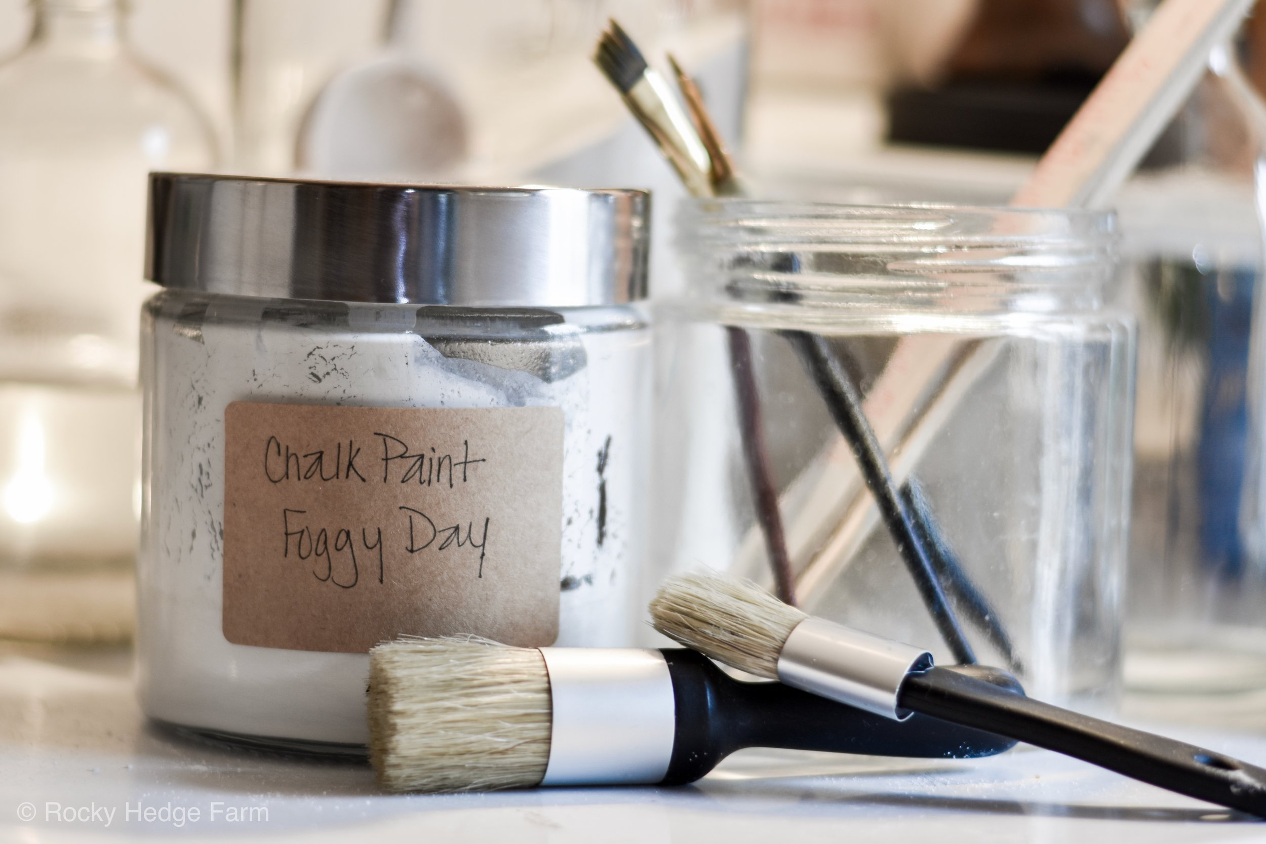 How to make the best DIY chalk paint recipe using plaster of paris | Rocky Hedge Farm