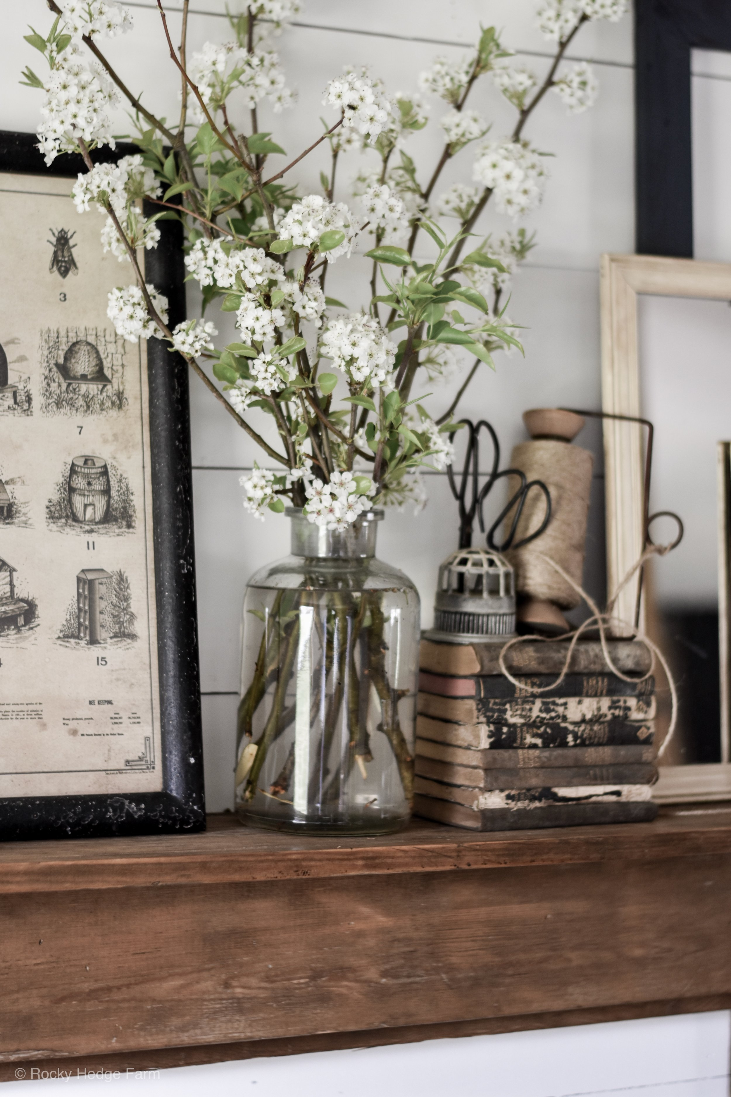 Simple Farmhouse Spring Mantle with Rustic and Vintage Inspired Decor Ideas | Rocky Hedge Farm