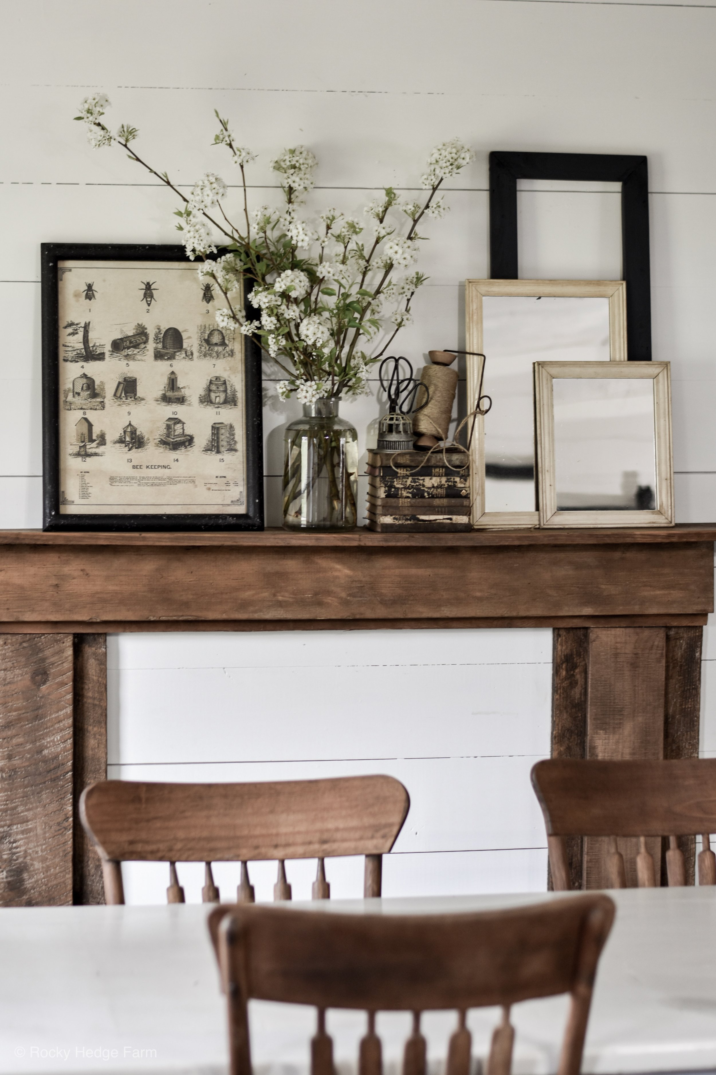 Simple Rustic Farmhouse Inspired Spring Mantle | Rocky Hedge Farm