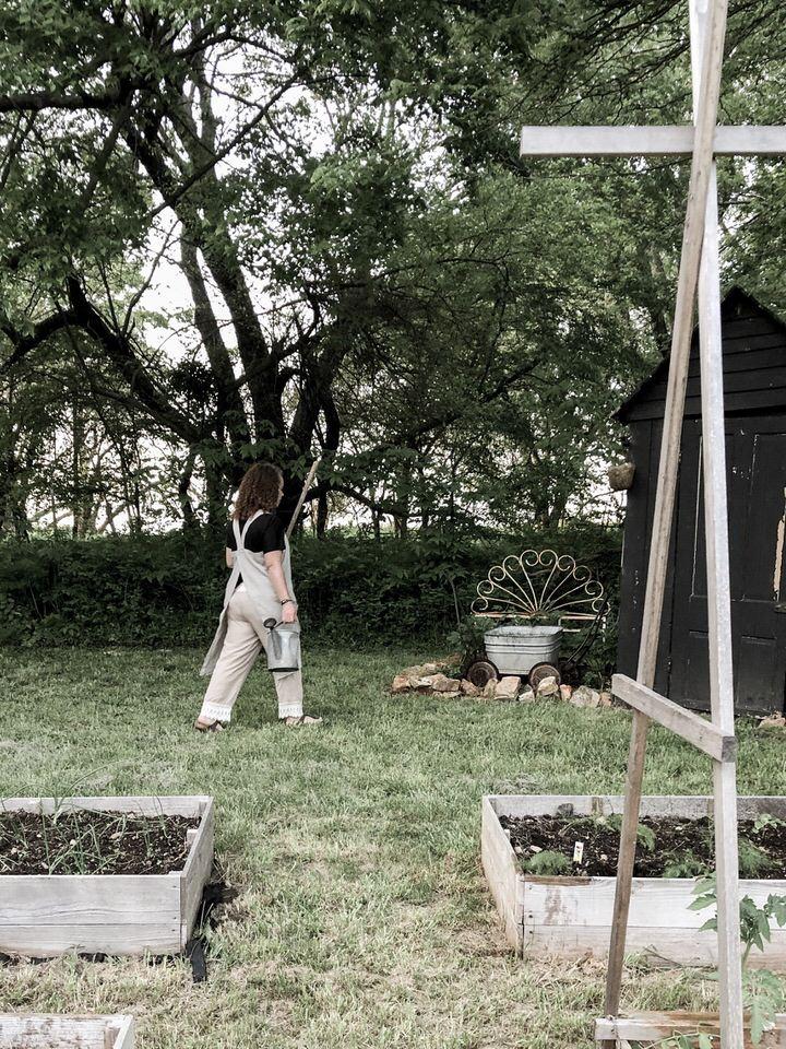如何缝制日式后交叉围裙落石篱笆农场亚博体育阿根廷合作伙伴