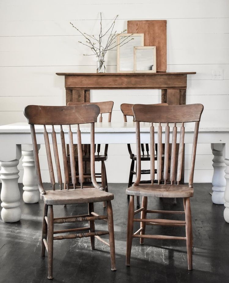 Mismatched Dining Room Chairs Farmhouse Style | Rocky Hedge Farm