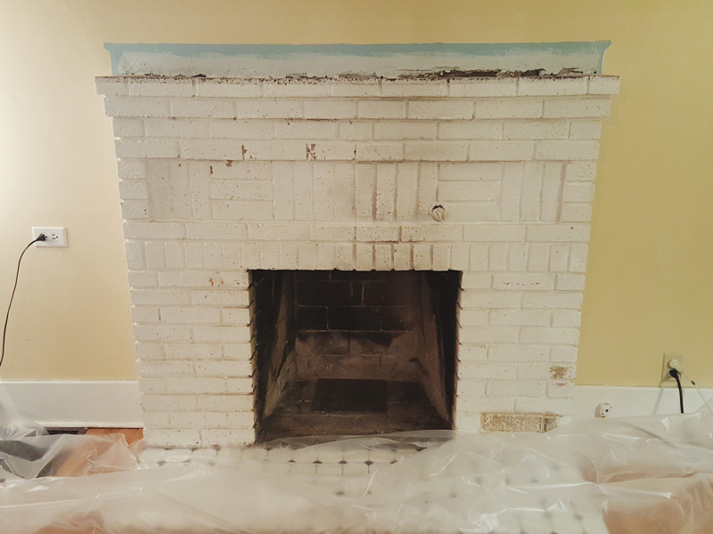 The starting point of our fireplace project from January 5, 2017.