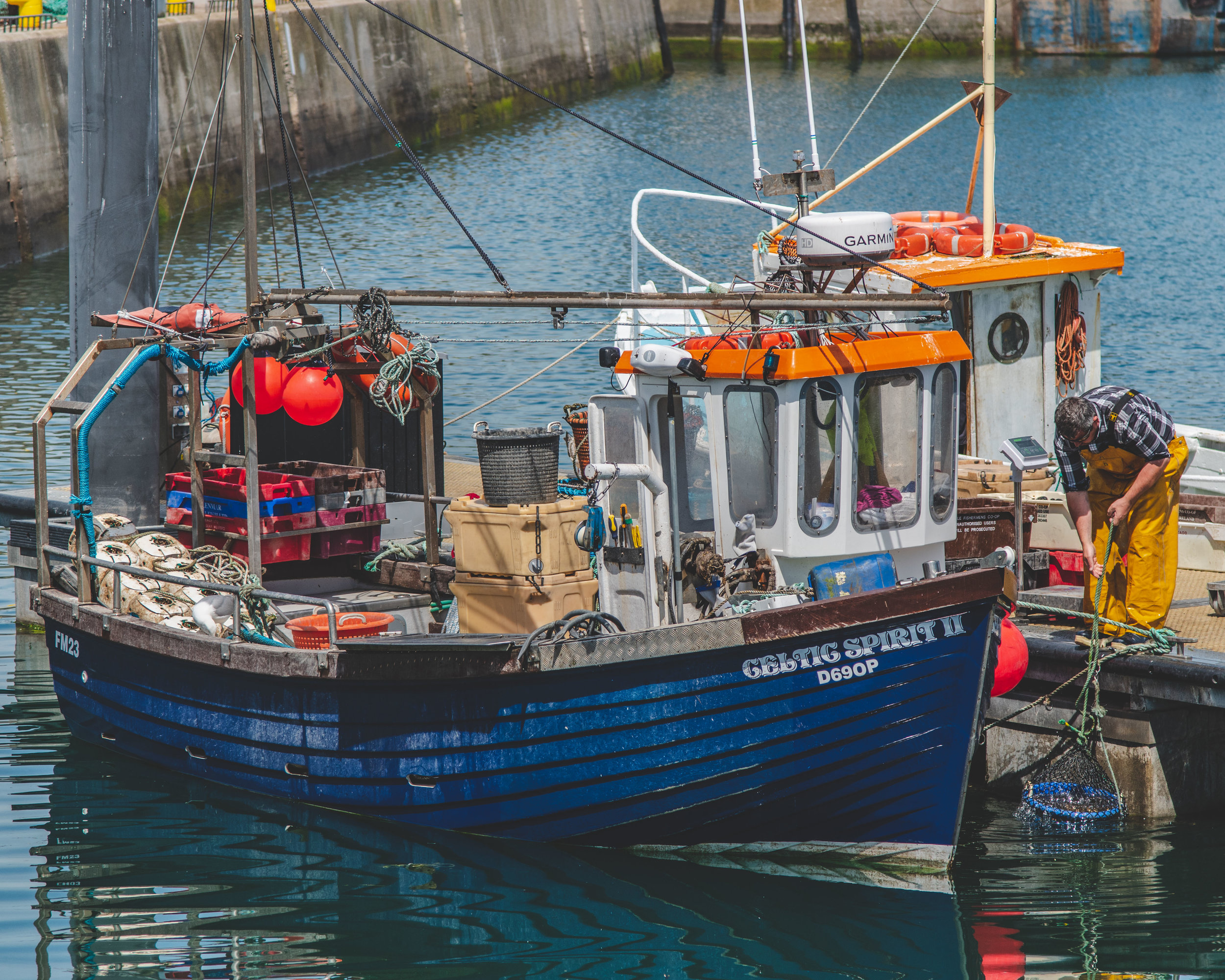 Howth Hbr Fisherman_website.jpg