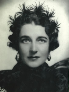 Dorothy-Draper-portrait.jpg