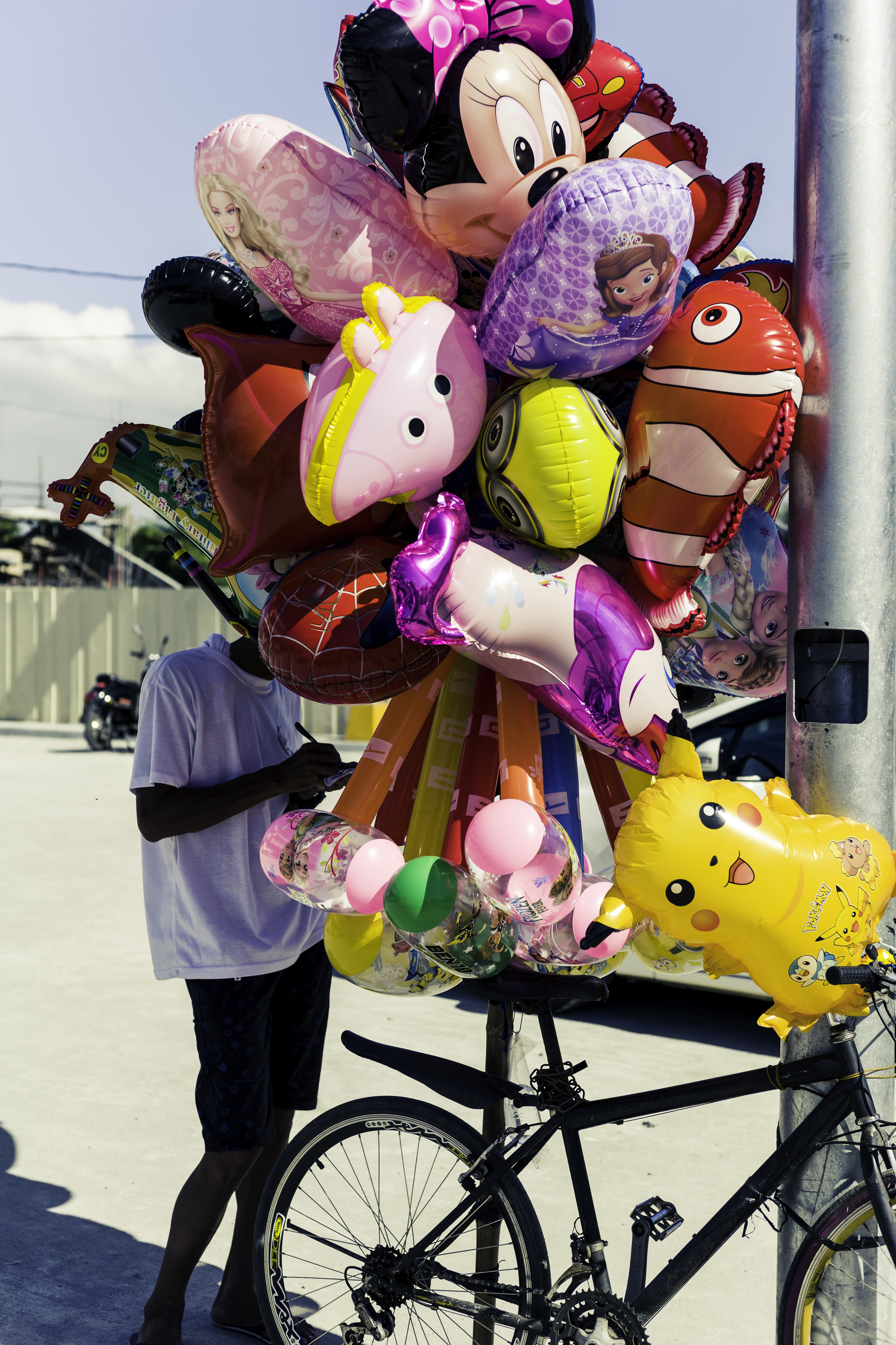 Balloon-Street-Vendor.jpg