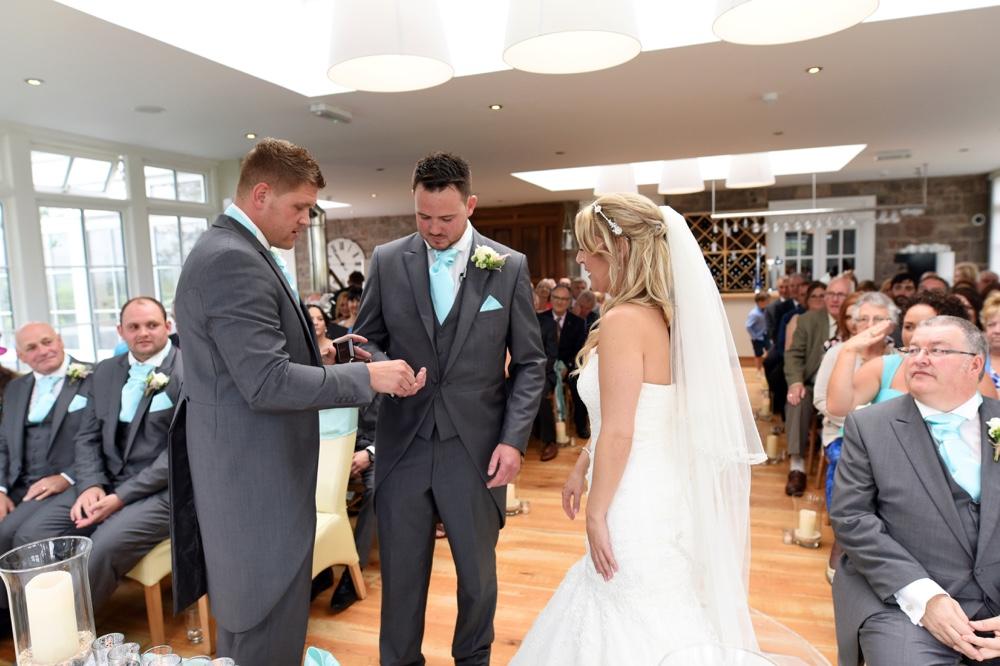 Weddingday_Flashbulb111.jpg